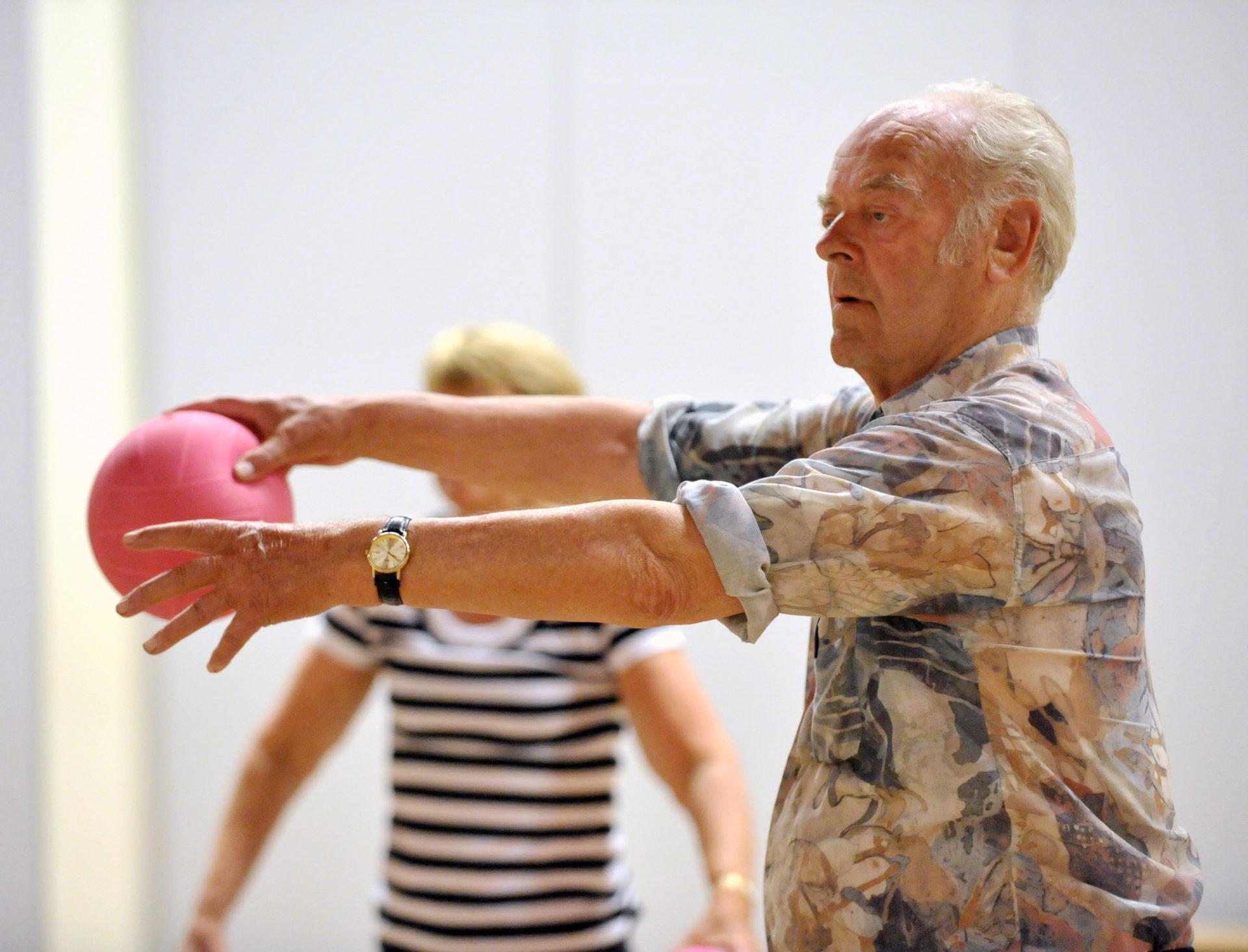 Op 6 januari start in Amsterdam een beweegopleiding voor ouderen.
