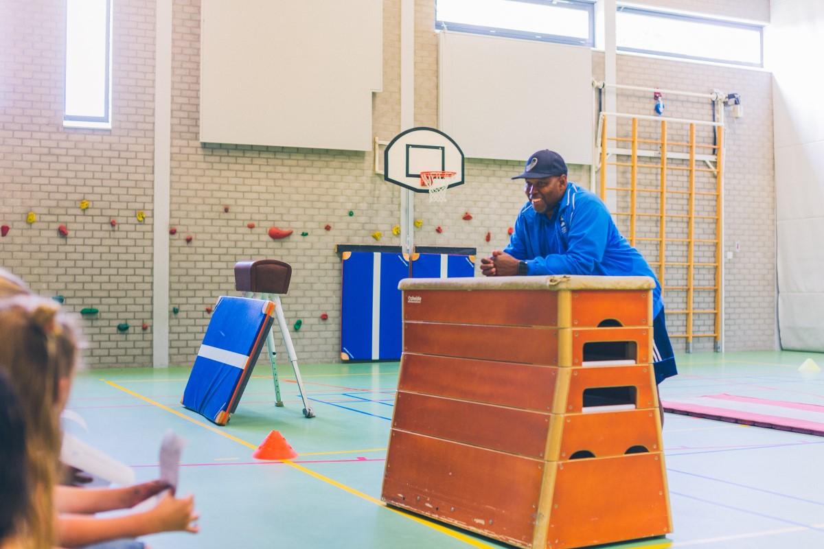 Ook dit jaar wordt de verkiezing buurtsportcoach van het jaar weer georganiseerd. Nomineer nu uw buurtsportcoach